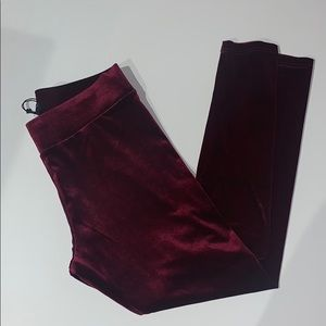 Romeo & Juliet Couture Crushed Velvet Leggings